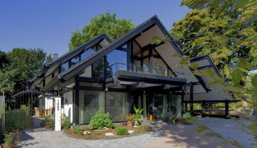 リーフハウスで家を建てた人の本音の評判・口コミを暴露!坪単価や特徴・注意点まで分かる完全ガイド